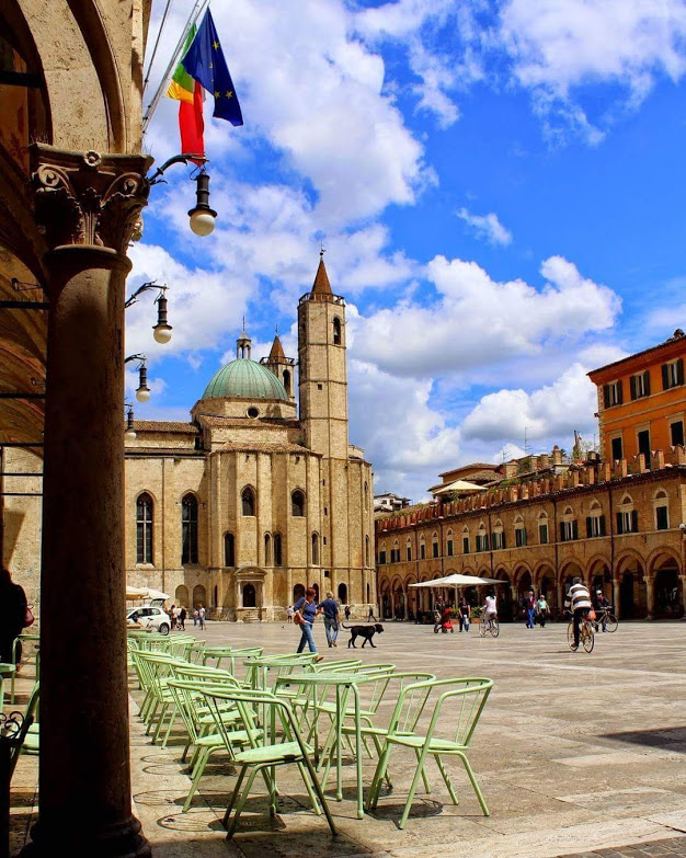 Guida Turistica Ascoli Piceno Fermo