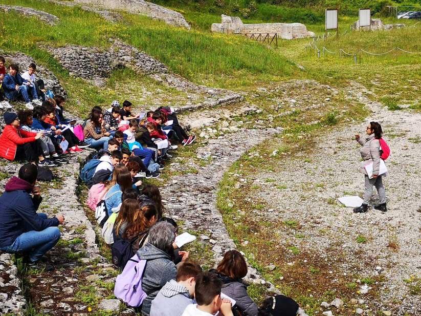 scuola teatro romano ascoli